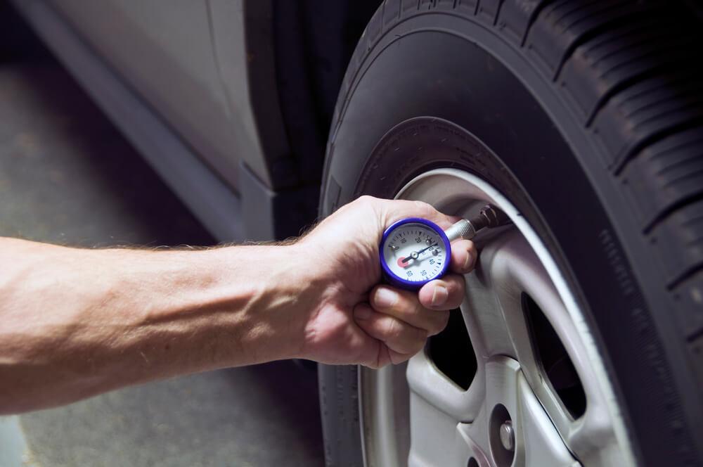 entenda-os-riscos-de-nao-calibrar-os-pneus.jpeg
